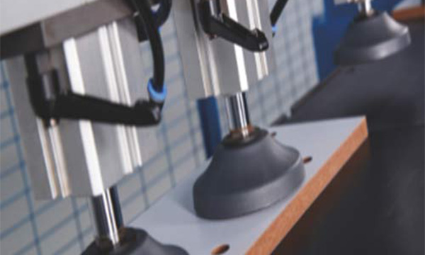 The difference between automatic edge banding machine and semi-automatic edge banding machine