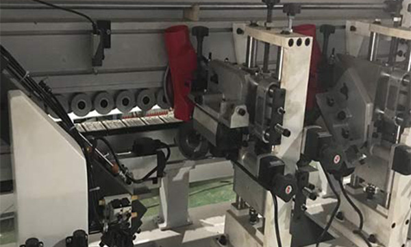 How to do the maintenance of the edge banding machine?